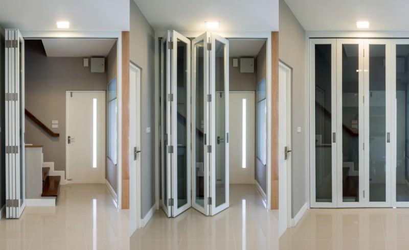 Aluminium Bi-Fold Doors Kingsgate